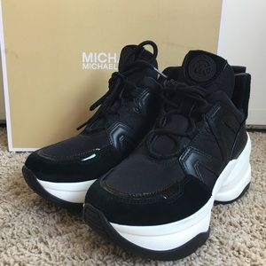 MICHAEL Michael Kors Shoes - Michael Kors Olympia Trainer Black 6 platform GUC